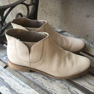 Splendid slip on booties size 7.5